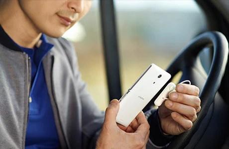 سماعة الرأس الأحادية Mono Bluetooth Headset MBH10 المزودة بتقنية NFC لإجراء المكالمات دون استخدام الأيدي وسهولة الإقران