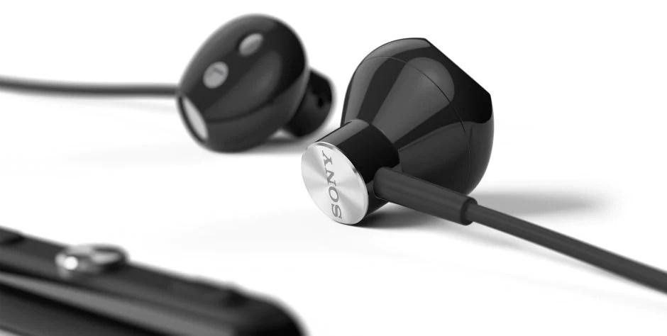 تم تصميم STH30 لتعمل في أي ظروف. تتميز سماعة الرأس بكونها مقاومة للماء تمامًا، بما في ذلك مكبرات صوت سماعة الرأس المزودة بنسيج صوتي مصمم خصيصًا لعزل الماء.