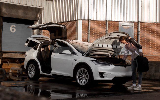 Tesla Model Y Jorgen Hendriksen Unsplash
