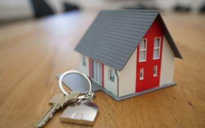 Your New House Security Checklist: 8 Things to Look After (Plus a Cheat Sheet)
