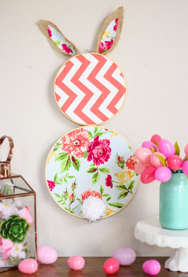 Embroidery Hoop Easter Bunny Wreath