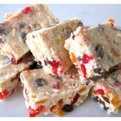 Mouth Watering White Chocolate Fruit Rocky Road