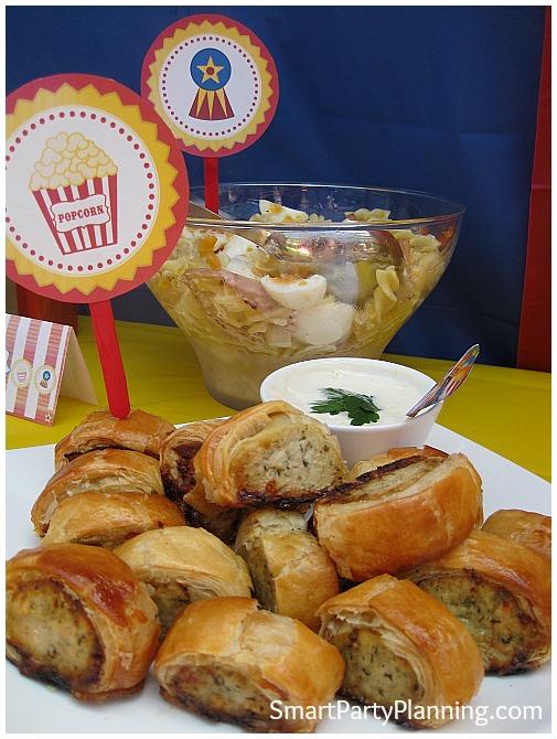 Mini sausage rolls