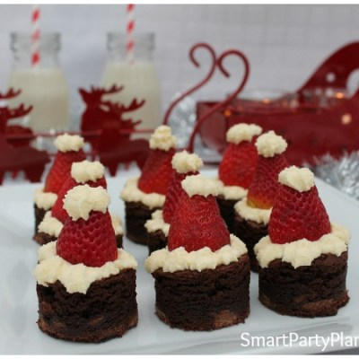 How To Easily Make Amazing Santa Hat Brownies