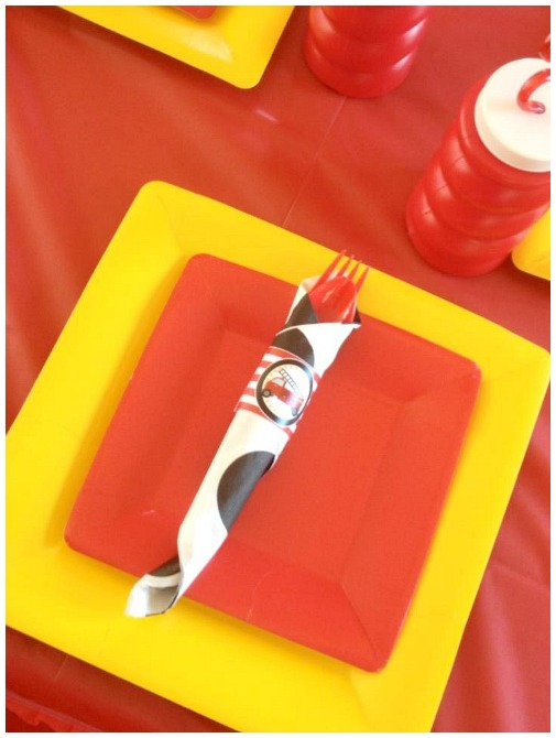 Firetruck birthday party place setting