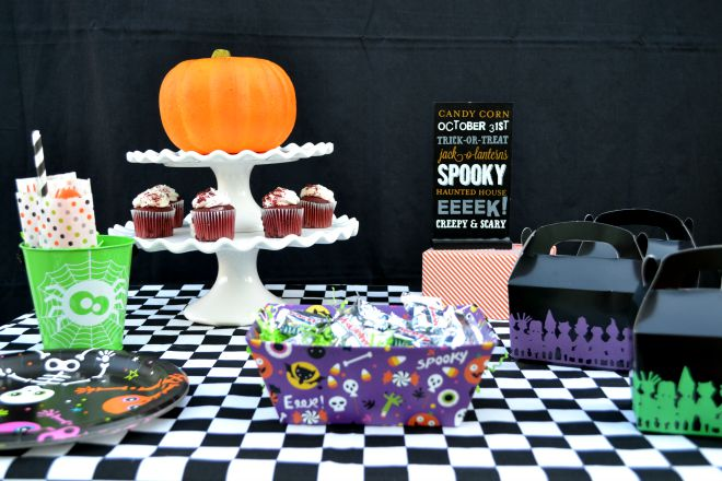 Kids Halloween Party Table