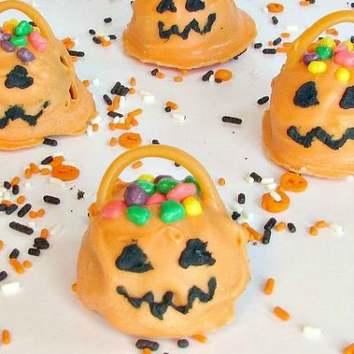 How To Easily Make Candy Jack O' Lanterns