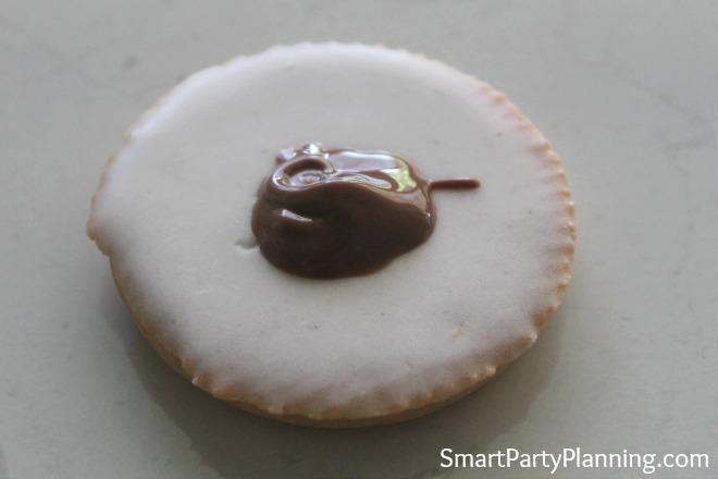 Tic Toc Biscuit