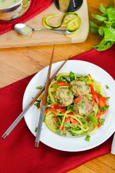 Basil green curry zoodles