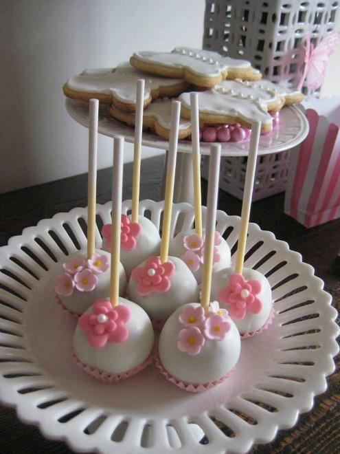 Pink flower cake pops
