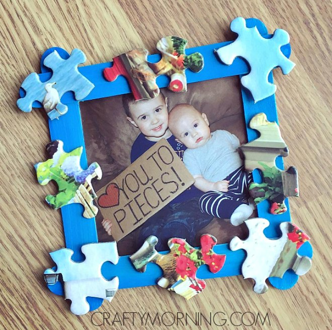 Fathers day puzzle piece frame