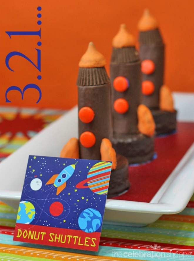 Space Shuttle Cakes