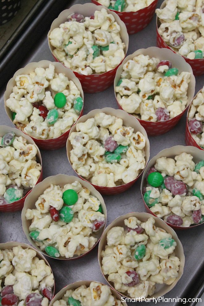 Cupcake cases filled with white chocolate popcorn