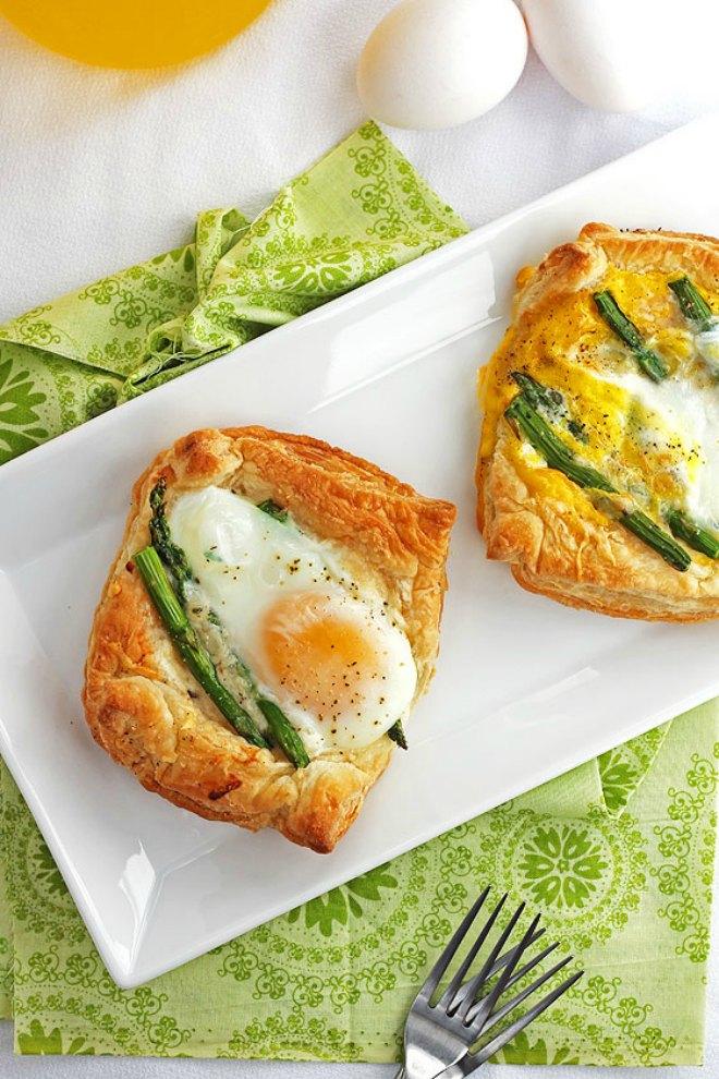White cheddar asparagus tarts