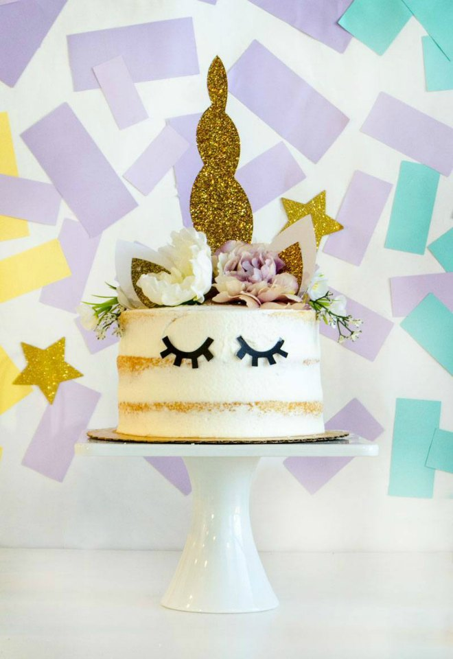 Unicorn birthday party cake