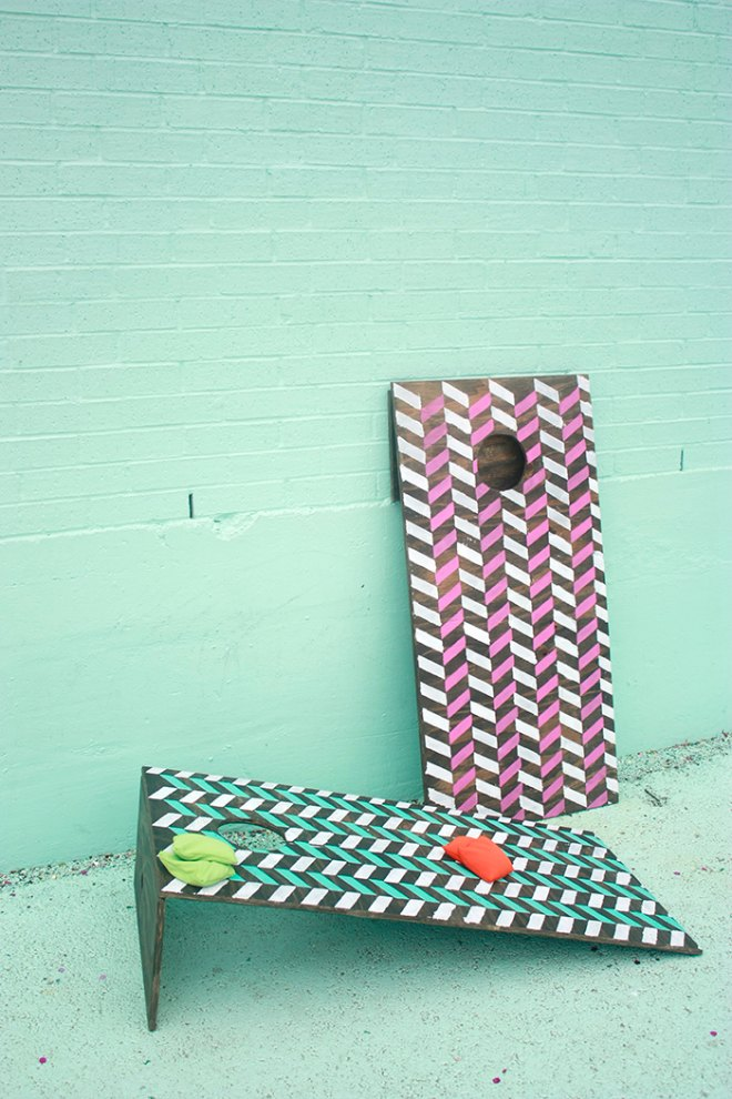 DIY-collapsable-cornhole-boards