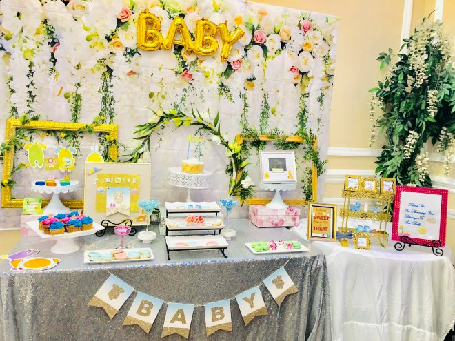Floral baby shower table display