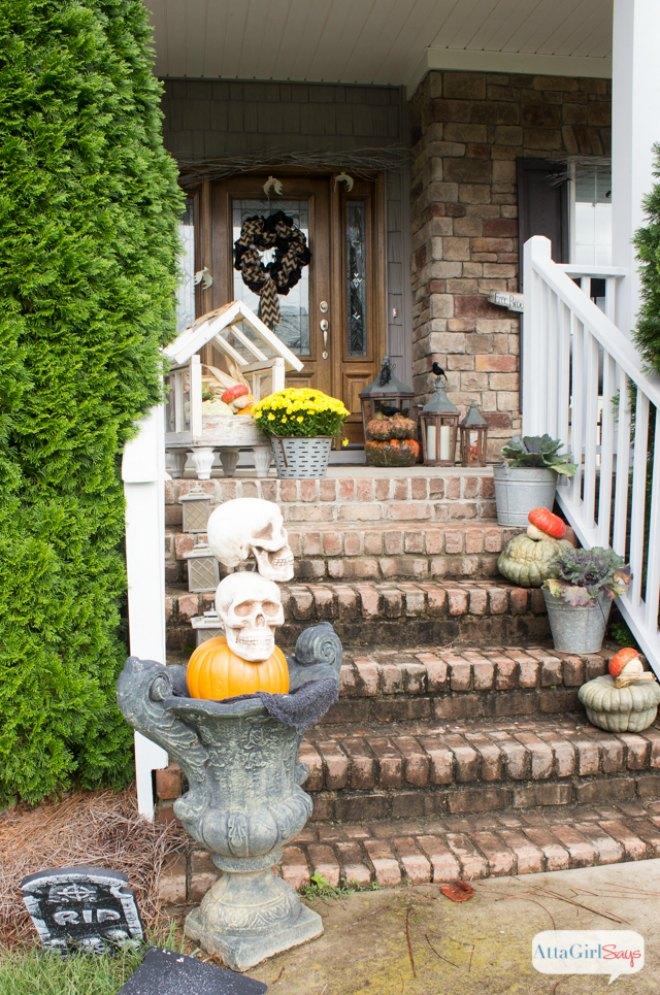 Spooky outdoor halloween porch