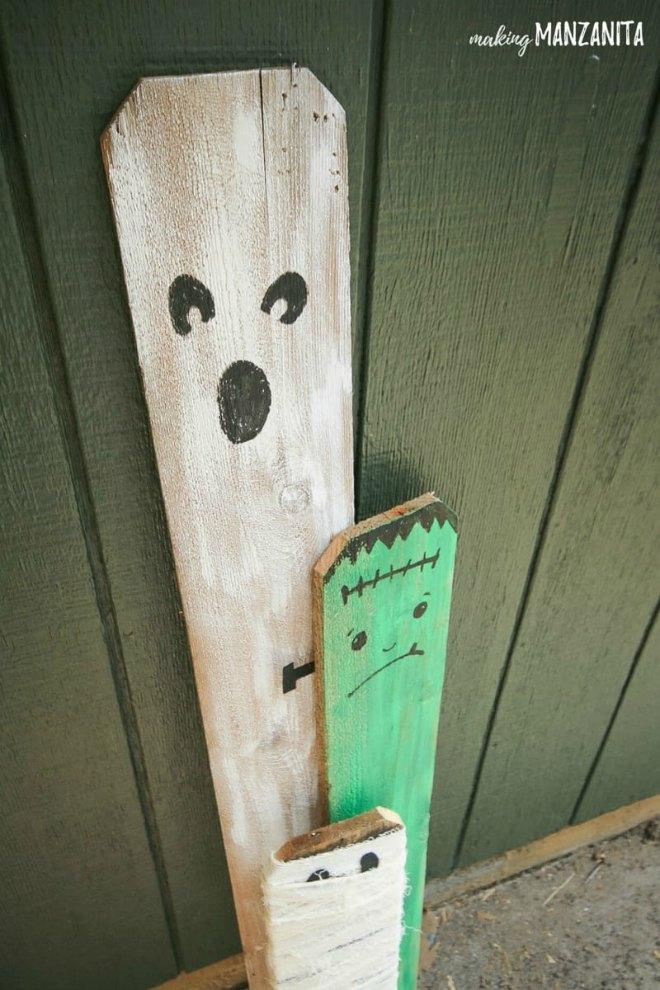 Cheap-Halloween-Porch-Decorations