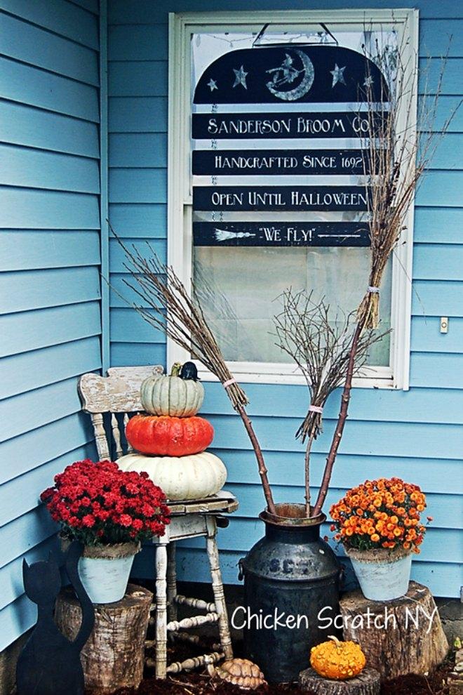 Halloween-Front Door Sign