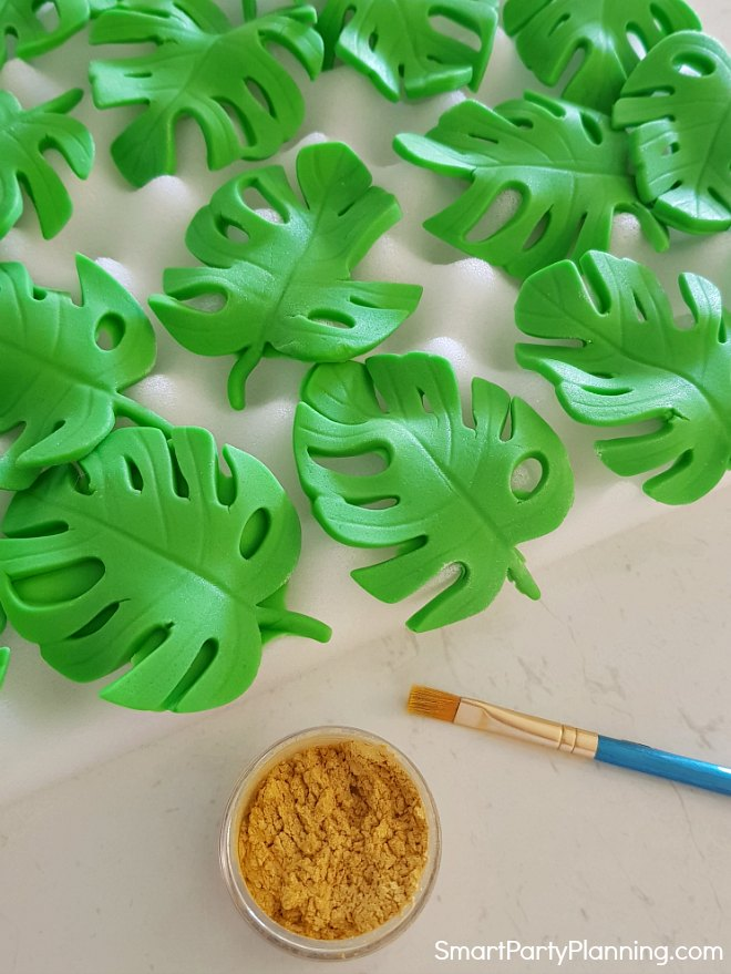 fondant tropical leaves