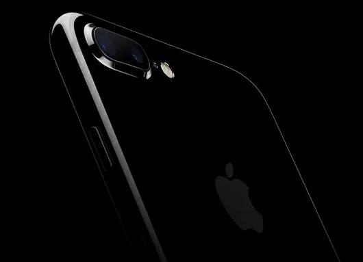 iPhone7で機内モードから復帰後通信ができない&EarPodsでボタン操作ができなくなる不具合が確認!