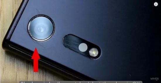 Xperia XZのカメラレンズは丈夫!スクラッチテストの結果〜はさみ編