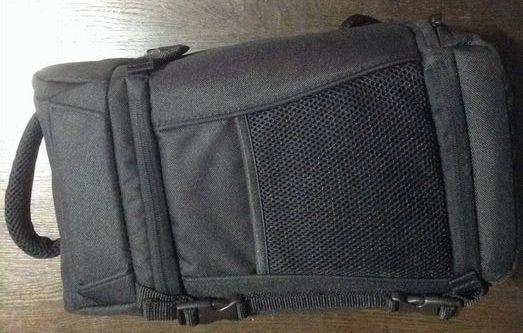 amazon basic camera bag01