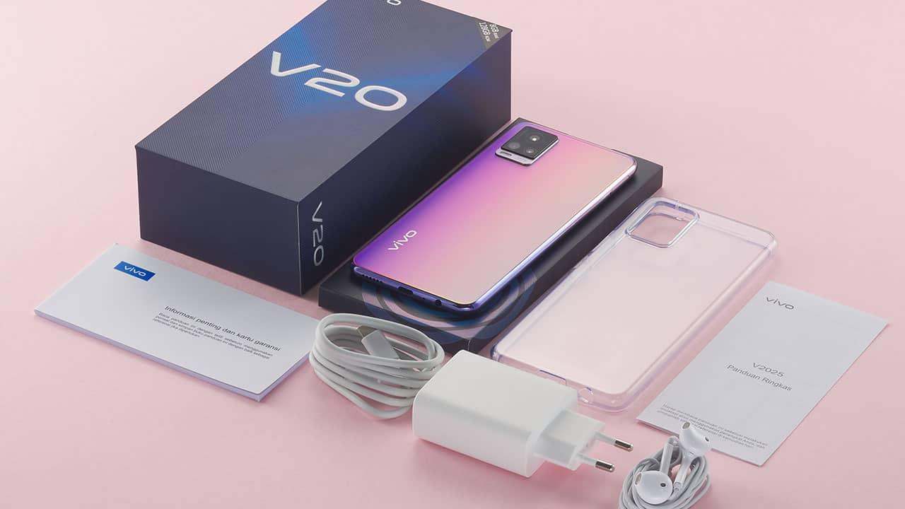 Vivo V20 vs. Motorola Moto G9 Play release date and price