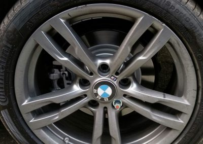 Image of a kerb damaged alloy wheel requiring repair