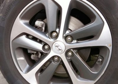 Image of a diamond cut wheel with kerb damage