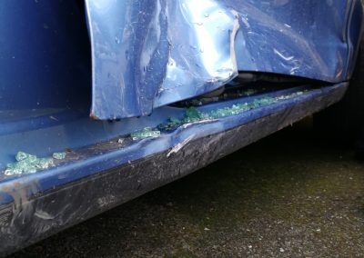 VW Polo with pillar and sill damage