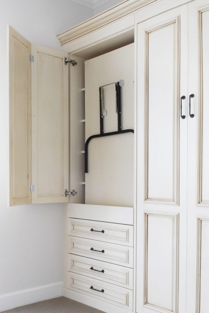 Add A Murphy Bed With Drop Down Table And Counter Space Into YOUR Craft Room