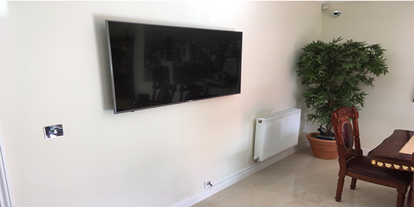 TV-wall-mounting-bedfordshire Home
