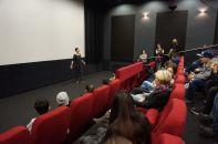 Wanderkino in Wels. SchülerInnen im Gespräch mit Filmemacherin Katharina Heigl.