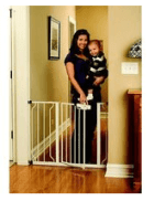 Baby_proofing_safety_gate