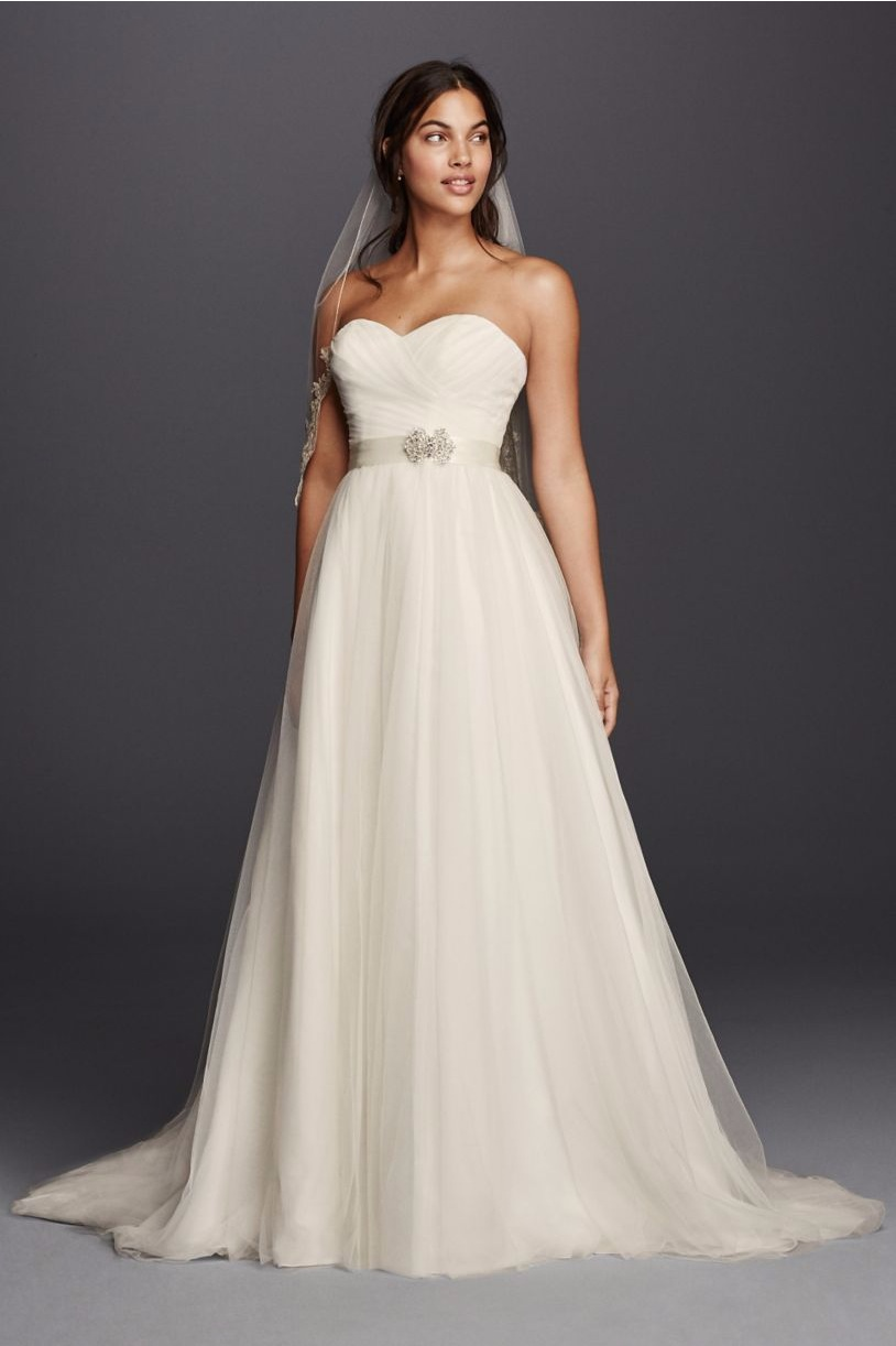 Budget Wedding Dresses We Love 15 Gowns Under 500  Smarty Cents