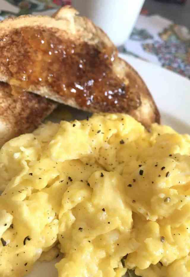 perfect scrambled egg