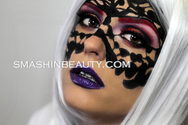 Face mask mardi gras lace 2