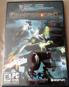 Fun Fact: Defense Grid was also released as a retail package by Aspyr. It contained a standalone copy of the game that did not require Steam. It also came with a Steam key on the back of the manual.