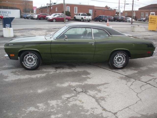 1971 DUSTER 340 4-SPEED , LOW MILES , INCREDIBLE