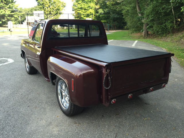 1973 Chevrolet C10 Custom Deluxe Stepside Flareside Short