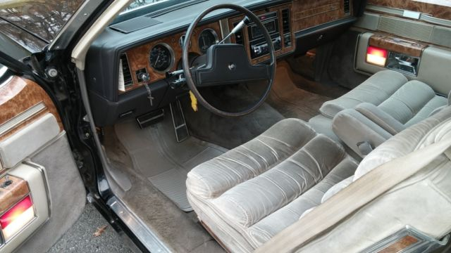 1983 BUICK PARK AVENUE LIMITED ELECTRA 2 DOOR BLACK LOW MILES RARE  Classic Buick Park Avenue