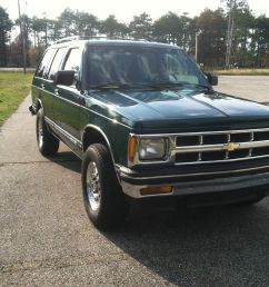 1994 chevrolet 4dr 4wd s10 blazer tahoe trim family owned grocery getter [ 1600 x 1195 Pixel ]
