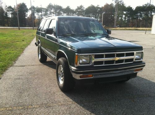 small resolution of 1994 chevrolet 4dr 4wd s10 blazer tahoe trim family owned grocery getter