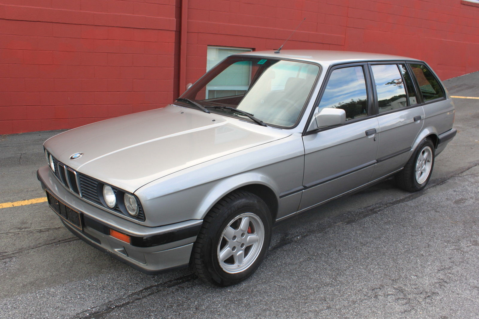 hight resolution of bmw e30 wagon 318i touring manual 5 speed 318is 325is 320i 325i 325e m3