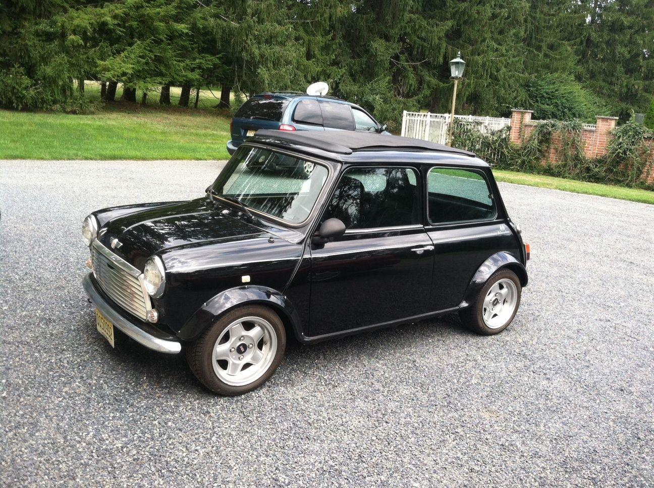 Classic Vintage Rover Mini Cooper Limited Edition Austin