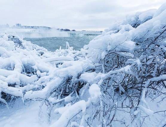 PICS: दुनिया के सबसे गर्म रेगिस्तान में 40 सालों में तीसरी बार बर्फ