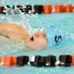 Sophomore Michael Spivak swims the 500 freestyle. Photo by Luke Hoffman