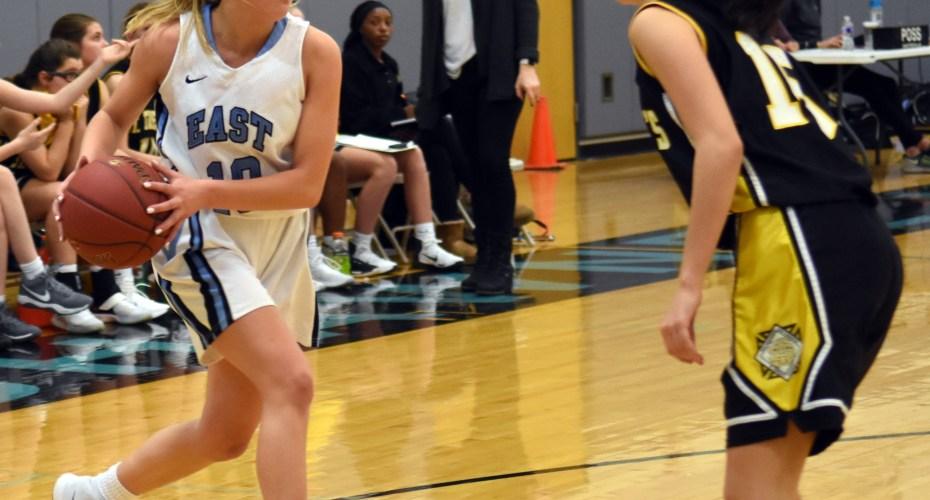 Gallery: Sophomore Girls Basketball vs STA